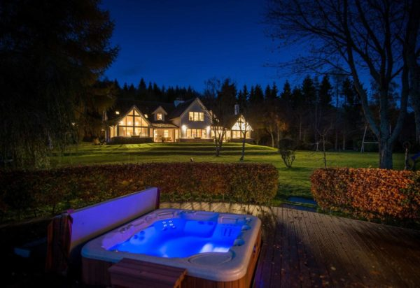 Luxury accommodation perthshire, 5 star, self catering, crieff, Gleneagles, golf, fishing, Scotland, Fishing accommodation, hot tub